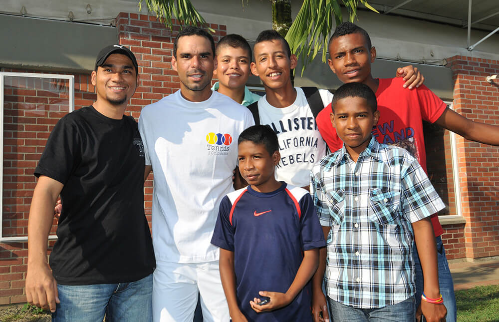 Tennis-for-colombia-fundacion-alejandro-fallac