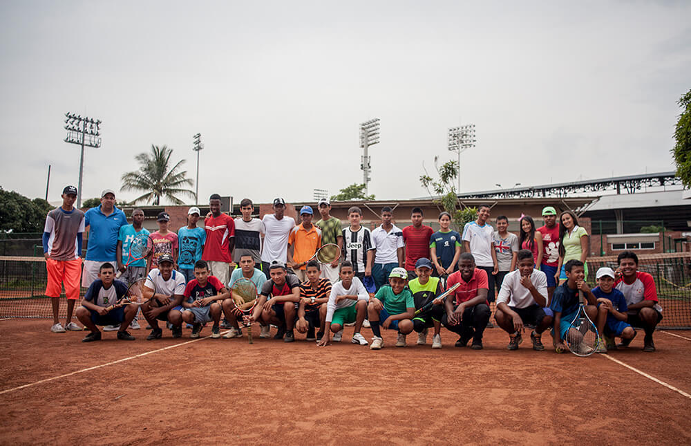 Tennis-for-colombia-fundacion-grupo